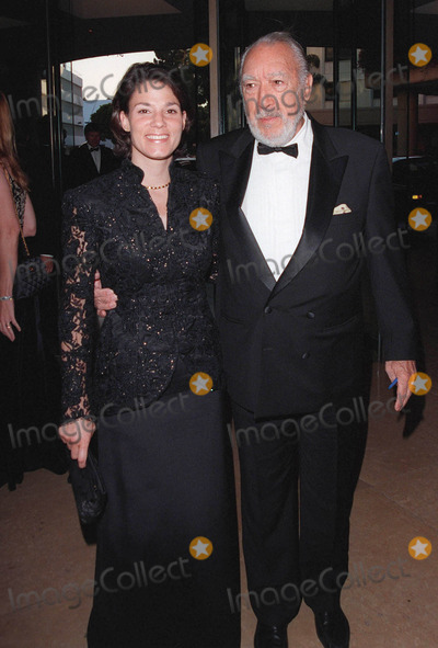 Anthony Quinn Photo - 11OCT98 Actor ANTHONY QUINN  wife at the International Achievement in Arts Awards in Beverly Hills The event benefitted the Whitney Houston Foundation for Children