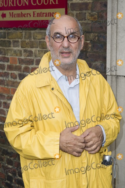 Alan Yentob Photo - Alan Yentob arriving for David Frosts Annual Garden Party held at the Royal Chelsea Hospital in London 10072012 Picture by Simon Burchell  Featureflash