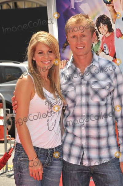 Candace Cameron-Bure Photo - Candace Cameron Bure  husband Valeri Bure at the Los Angeles premiere of Shorts at Graumans Chinese Theatre HollywoodAugust 15 2009  Los Angeles CAPicture Paul Smith  Featureflash