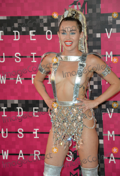 Photos From MTV Video Music Awards 2015