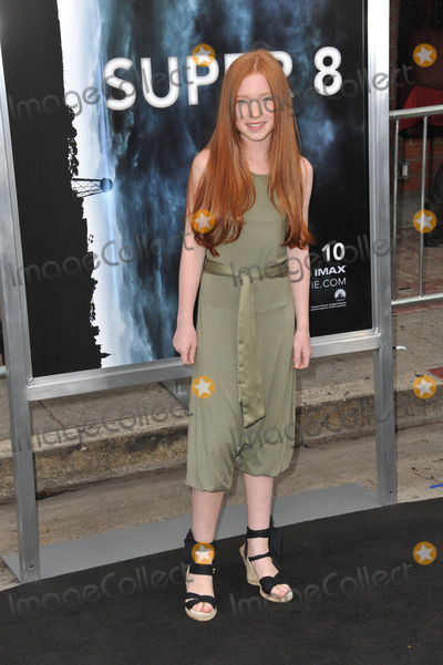 Annalise Basso Photo - Annalise Basso at the Los Angeles premiere of Super 8 at the Regency Village Theatre WestwoodJune 8 2011  Los Angeles CAPicture Paul Smith  Featureflash