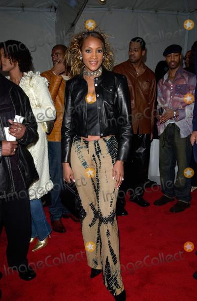 Vivica A Fox Photo - Actress VIVICA A FOX at the 15th Annual Soul Train Music Awards in Los Angeles28FEB2001   Paul SmithFeatureflash