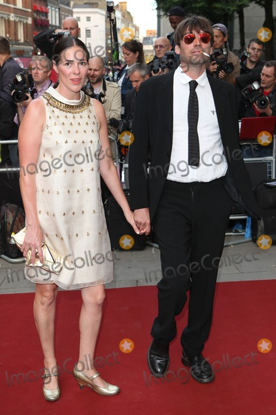 Alex James Photo - Alex James and wife arriving for the GQ Men Of The Year Awards 2014 at the Royal Opera House London 02092014 Picture by Alexandra Glen Featureflash
