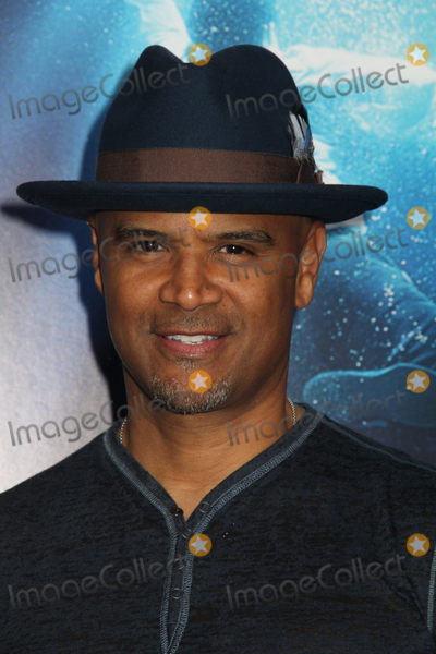 Dondre Whitfield Photo - Dondre Whitfield 04112019 The Premiere of Breakthrough held at the Regency Village Theatre in Los Angeles CA Photo by Izumi Hasegawa  HollywoodNewsWireco