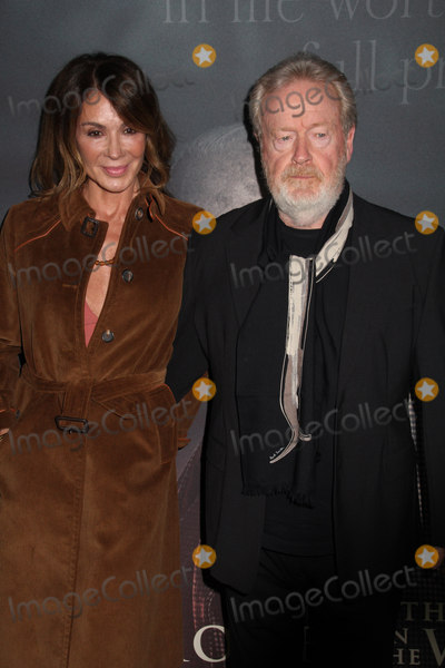 Ridley Scott Photo - Giannina Facio Ridley Scott 12182017 The World Premiere of All The Money in The World held at The Academyfs Samuel Goldwyn Theater in Beverly Hills CA Photo by Izumi Hasegawa  HollywoodNewsWireco