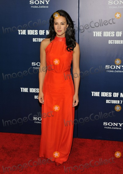 America Olivo Photo - October 5 2011  America Olivo attends the New York premiere of The Ides of March at the Ziegfeld Theatre in New York City