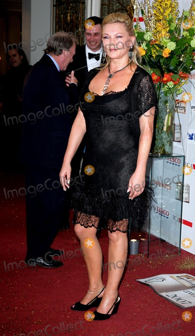 Amanda Redman Photo - London UK Amanda Redman at the Galaxy British Book Awards held at the Grosvenor Hotel in Park Lane  28th March 2007 Keith MayhewLandmark Media