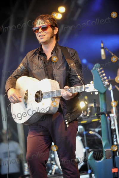 Alex James Photo - Oxfordshire UK Gaz Coombes at The Big Feastival held at Alex James Farm in Kingham 1st September 2012Keith MayhewLandmark Media