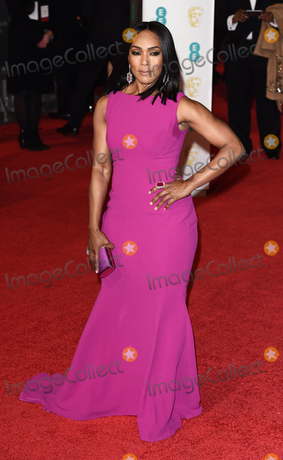 Angela Basset Photo - London UK Angela Basset at The EE British Academy Film Awards (BAFTA) 2016 at the Royal Opera House Covent Garden London on Sunday 14  February 2016 Ref LMK392 -58856-150216Vivienne VincentLandmark Media WWWLMKMEDIACOM