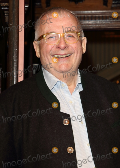 Christopher Biggins Photo - London UK Christopher Biggins at The Starry Messenger Press Night at the Wyndhams Theatre Leicester Square London on May 29th 2019Ref LMK73-J4975-300519Keith MayhewLandmark MediaWWWLMKMEDIACOM