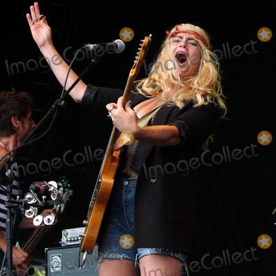 Alice Gold Photo - Oxfordshire UK Alice Gold opening the Pleasant Valley stage on the final day of the Cornbury Festival held at the Great Tew Estate 3rd July 2011 3rd July 2011Ian Bines  Landmark Media