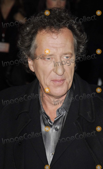 Geoffrey Rush Photo - London UK  Geoffrey Rush   at the premiere of  his   film Elizabeth The Golden Age  at the Odeon Leicester Square London   23rd October 2007SYDLandmark Media