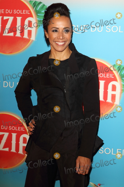 Kelly Holmes Photo - London UK Dame Kelly Holmes at Cirque du Soleil Luzia Press Night at the Royal Albert Hall Kensington London on January 15th 2020Ref LMK73-J6034-160120Keith Mayhew Landmark MediaWWWLMKMEDIACOM