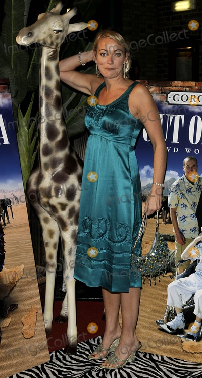 Terri Dwyer Photo - Manchester UK Terri Dwyer at the Coronation St Out of Africa DVD premiere held at Odeon Printworks Centre in Manchester 4th November 2008--071108Can NguyenLandmark Media