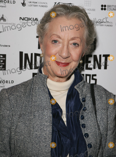 Thelma Barlow Photo - London UK Thelma Barlow from Coronation Street at a photocall to announce the nominees for  the British Independent Film Awards in November 2005 at the Bar 1920 Soho House in London  Barlow has been nominated for her role in Mrs Henderson Presents25th October 2005 Keith MayhewLandmark Media