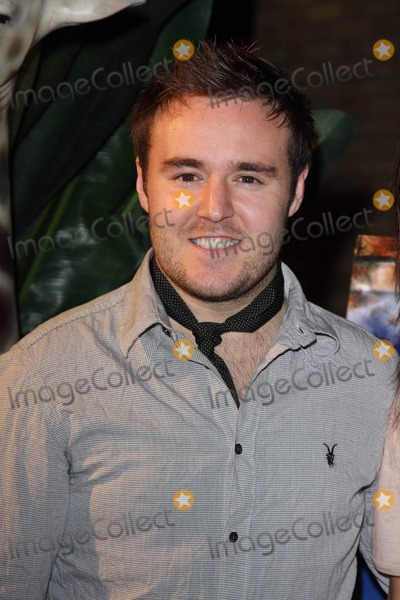 Alan Halsall Photo - Manchester UK Alan Halsall at the screening of Coronation Street Out of Africa DVD at Odeon Manchester in Manchester 4th November 2008Keith MayhewLandmark Media