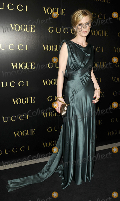 Alexandra Shulman Photo - London UK Emilia Fox at the Vogue and Gucci Dinner Gala honouring Frida Giannini (Guccis creative director) hosted by Alexandra Shulman (British Vogue editor) at Saatchi Gallery in London 1st April 2009Can NguyenLandmark Media
