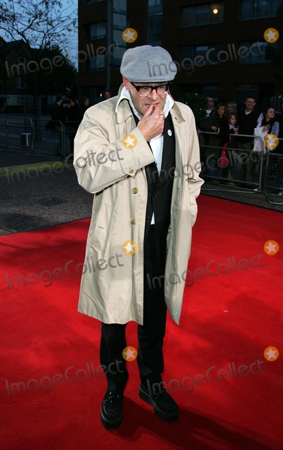 Al Murray Photo - London UK Harry Hill attends Another Audience with Al Murray - Pub Landlord at the London ITV Studios South Bank London 21st October 2007Keith MayhewLandmark Media