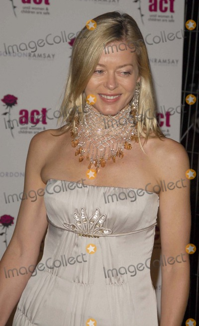 Lady Helen Windsor Photo - London UK Lady Helen Windsor at the Dinner in Aid of Womens Aid at Berkeley Square London 20th September 2007 SydLandmark Media