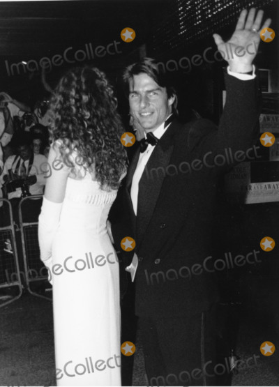 Nicole Kidman Photo - LondonUK   LIBRARY Tom Cruise and Nicole Kidman in the mid 1990s  in the early 1990s RefLMK11-S261020-001  PIP-Landmark Media WWWLMKMEDIACOM