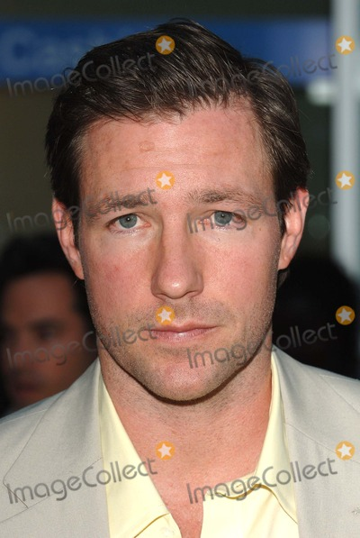 Trevor Moore Photo - Los Angeles USA Edward Burns at the World Premiere of The Groomsmen Held at the Arclight Cinema Hollywoood12 July 2006Trevor MooreLandmark Media