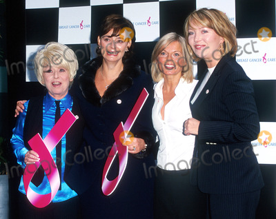 Kirsty Young Photo - Sanderson Hotel LondonGeri Halliwell Cherie Blair Barbara Windsor And Kirsty Young at the launch for the Breast Cancer Awareness MonthDate September 7th 2001Picture by Trevor MooreLandmark Media
