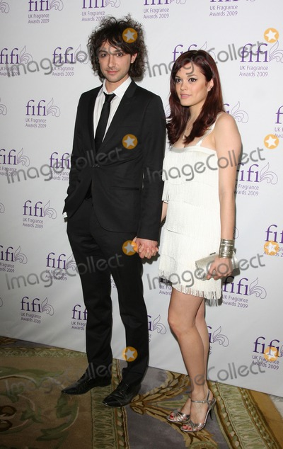 Alex Zane Photo - LondonUK Alex Zane and guest   at the FiFi  awards for creative achievements in the fragrance business  Dorchester Hotel Park Lane  London 22nd April 2009 Keith MayhewLandmark Media