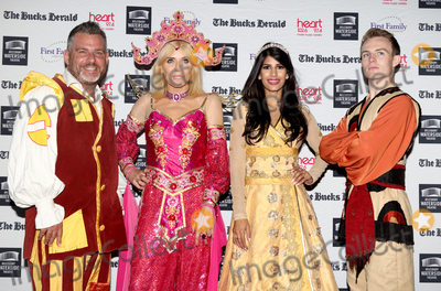 Andy Collins Photo - AylesburyBucks  Jasmin Walia Michelle Collins Andy Collins and Danny Colligan   at the Photocall for the upcoming pantomime Aladdin at the Waterside Theatre  9th September 2016Ref LMK73-61382-100916Keith MayhewLandmark Media WWWLMKMEDIACOM