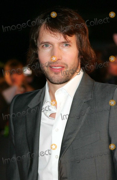 James Blunt Photo - London UK   James Blunt at the music event The Brit Awards 2008 Earls Court London 20th February 2008 Keith MayhewLandmark Media
