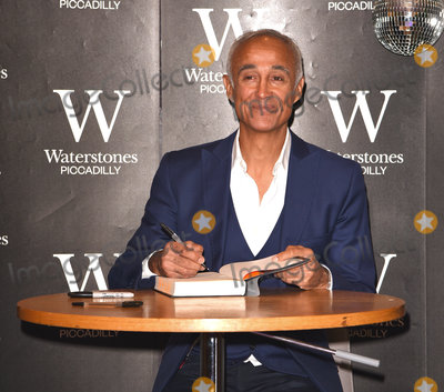Andrew Ridgeley Photo - London UKAndrew Ridgeley signs copies of his new book Wham George  Me at Waterstones Piccadilly LondonSaturday 5 October 2019 Ref LMK392-5004-051019Vivienne VincentLandmark Media WWWLMKMEDIACOM