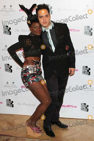 Noisettes Photo - London UK Shingai Shoniwa and Jamie Morrison of The Noisettes at South Bank Sky Arts Awards 2011 -  Winners Press Room at the Dorchester in London 25th January 2011Evil ImagesLandmark Media