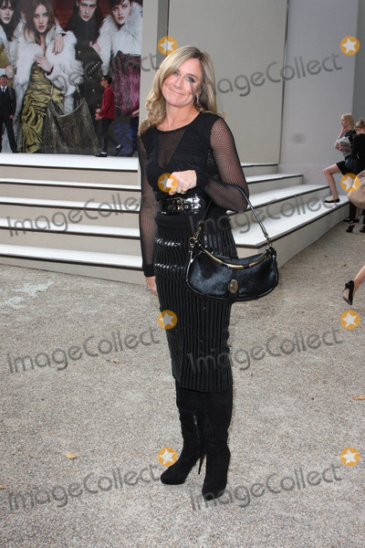 ANGELA AHRENDTS Photo - London UK Angela Ahrendts at the Burberry Spring Summer 2011 show held at Chelsea College of Art and Design 21st September 2010Keith MayhewLandmark Media