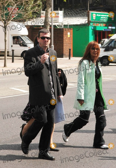 Bay City Rollers Photo - London Former Bay City Rollers singer Les McKeown who crashed his car twice whilst over the drink drive limit  fled the scene then denied any knowledge of it attends Thames Magistrates Court E312 May 2005Ali KadinskyLandmark Media