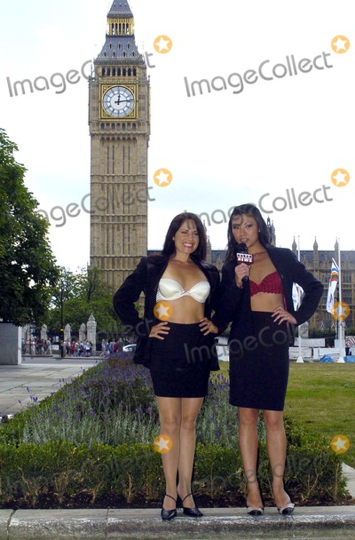 Samantha Page Photo - London Presenters Lily Kwan and Samantha Page at the press launch for Naked News UK The British version of the informative stripping-news programme11 August 2004AHLandmark Media