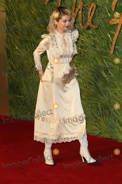 Selena Gomez Photo - London UK Selena Gomez at The Fashion Awards 2017 at the Royal Albert Hall Kensington Gore London on Monday 4 December 2017Ref LMK73-J1245-051217Keith MayhewLandmark MediaWWWLMKMEDIACOM