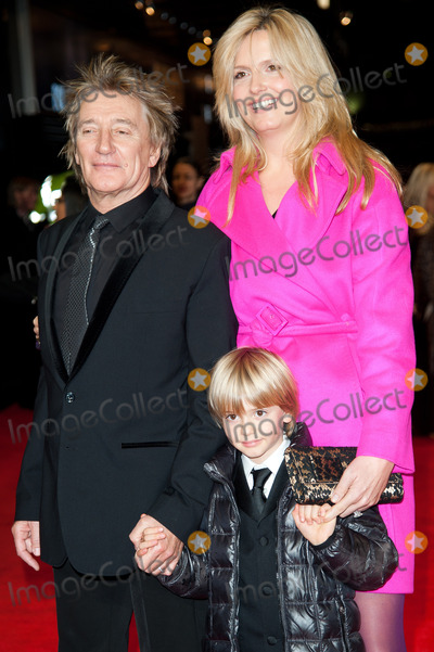Alastair Stewart Photo - London UK  Singer Rod Stewart wife Penny Lancaster and son Alastair Stewart      at  The Royal Film Performance of Hugo at the Odeon Leicester Square London  28th November 2011 Justin NgLandmark Media