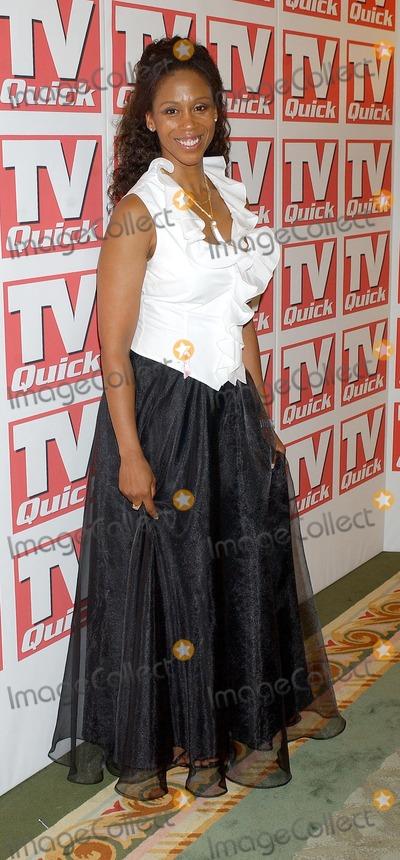 Trisha Goddard Photo - London Trisha Goddard at the TV Quick Awards 2004 at the Dorchester Hotel6 September 2004Eric BestLandmark Media