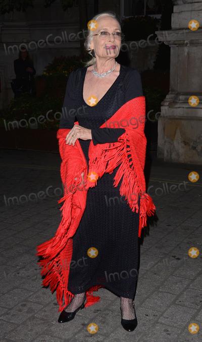Shirley Eaton Photo - London UK  Shirley Eaton at Cocktails with Monroe event Langham Hotel 20th February 2014 RefLMK392-47731-210214 Vivienne VincentLandmark MediaWWWLMKMEDIACOM