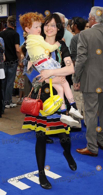 Sophie Ellis Bextor Photo - London UK Sophie Ellis Bextor and her son at the UK Premiere of WallE held at Epmire Cinema in Leicester Square London 13th July 2008Can NguyenLandmark Media