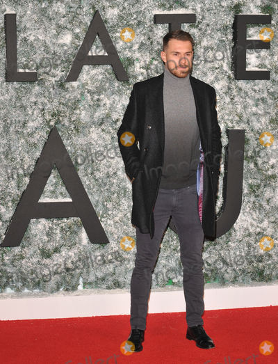 Aaron Ramsey Photo - London UK Aaron Ramsey at the Collateral Beauty European film premiere Vue West End cinema Leicester Square London England UK on Thursday 15 December 2016 Ref LMK315-61403-161216Can NguyenLandmark MediaWWWLMKMEDIACOM