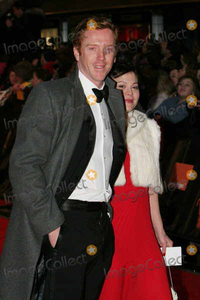 Damien Lewis Photo - London Damien Lewis and guest   arrive for the BAFTA Awards the BAFTA Awards 12th February 2005 Paolo PirezLandmark Media