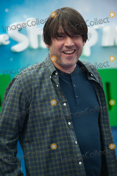 Alex James Photo - LondonUK  Alex James and family at the UK Premiere of Shaun The Sheep Movie Farmageddon at Odeon Luxe Leicester Square22 September 2018Ref LMK370-MB5002-220919Justin NgLandmark Media WWWLMKMEDIACOM