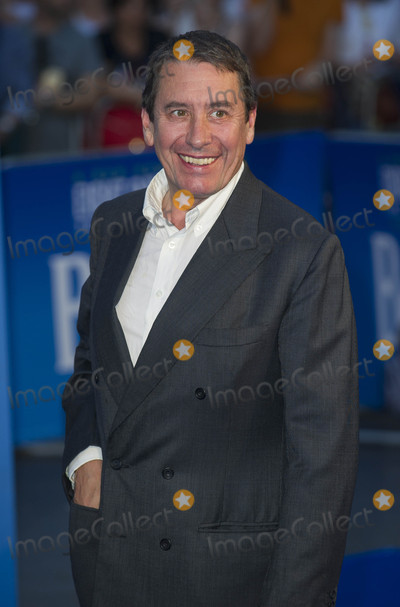 Jools Holland Photo - London UK Jools Holland at the World premiere of The Beatles Eight Days A Week - The Touring Years at Odeon Leicester Square on September 15 2016 in London EnglandRef LMK386-61058-160916Gary MitchellLandmark MediaWWWLMKMEDIACOM