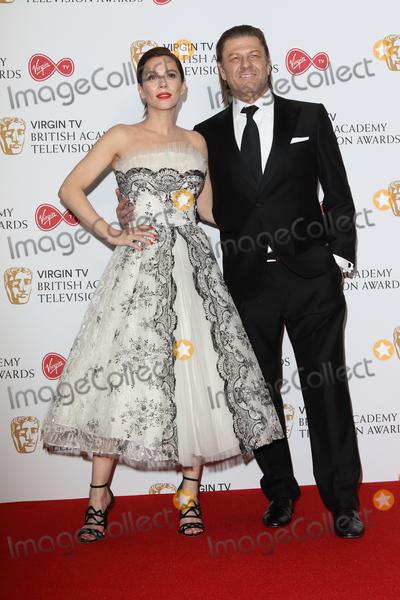 Anna Friel Photo - London UK Anna Friel and Sean Bean at Virgin TV British Academy Television Awards - Winners Room - at the Royal Festival Hall South Bank London on May 14th 2017Ref LMK73-J279-150517Keith MayhewLandmark Media WWWLMKMEDIACOM