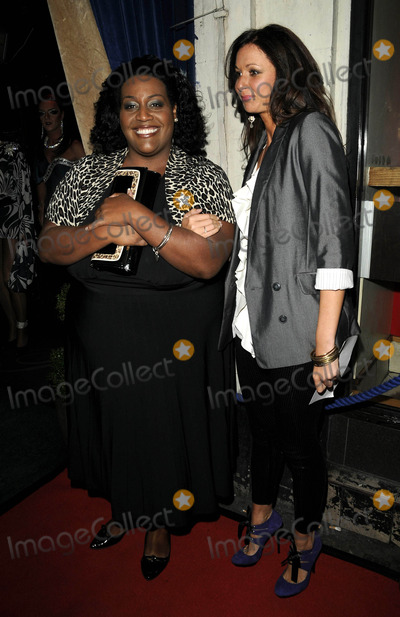 Alison Hammond Photo - London UK  Alison Hammond at a party to celebrate 10 years of the television programme Loose Women at Cafe de Paris in LondonUK 8th October 2009Ref  Andy LomaxLandmark Media