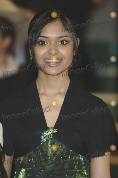 Afshan Azad Photo - London Afshan Azad  at the premiere of  her    film Harry Potter and the Goblet of Fire She   plays Padma Patil  in the film 6th November 2005 Gio DAngelico Landmark Media