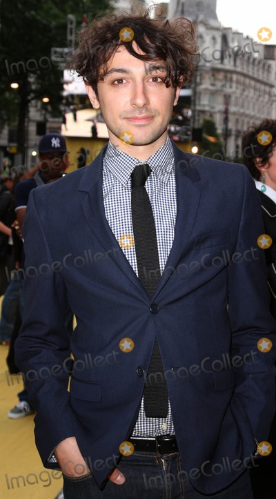 Alex Zane Photo - London UK Alex Zane at the European Premiere of The Hangover at Vue West End Leicester Square London 10th June 2009Keith MayhewLandmark Media