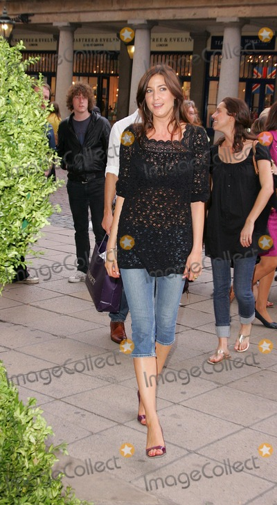 Covent Garden Photo - London UK Lisa Snowdon at the Mark  Spencer Private View of the autumnwinter clothing range at Covent Garden Piazza in London 24th May 2007Keith MayhewLandmark Media