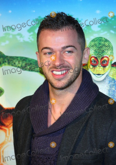 Artem Chigvintsev Photo - London UK Artem Chigvintsev at the Premiere of Cirque du Soleils Totem at the Royal Albert Hall London 5th January 2011Keith MayhewLandmark Media
