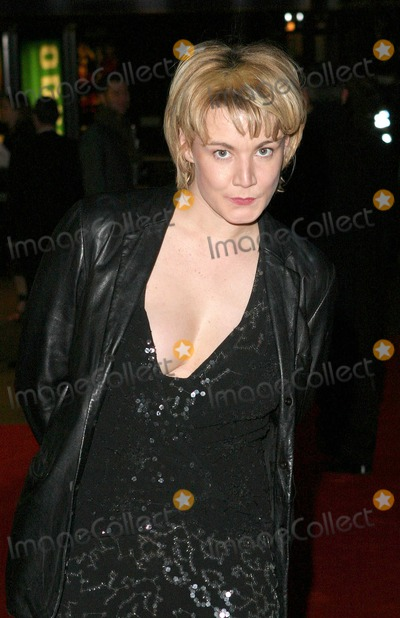 Emily Lloyd Photo - London Emily LLoyd at the premiere of new  film  The Phantom of the Opera at the Odeon in Leicester Square 06 December 2004Paulo PirezLandmark Media